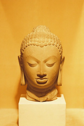 Head of Buddha statue | by Hyougushi