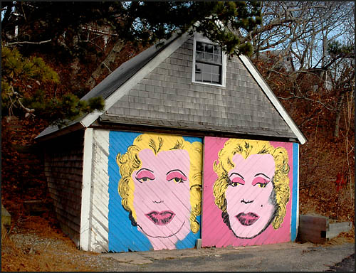 Transsexual Marilyn, P town | by colorstalker