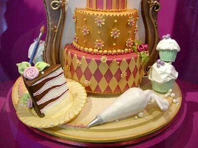 Cake Art 13Feb05 Another detail of a