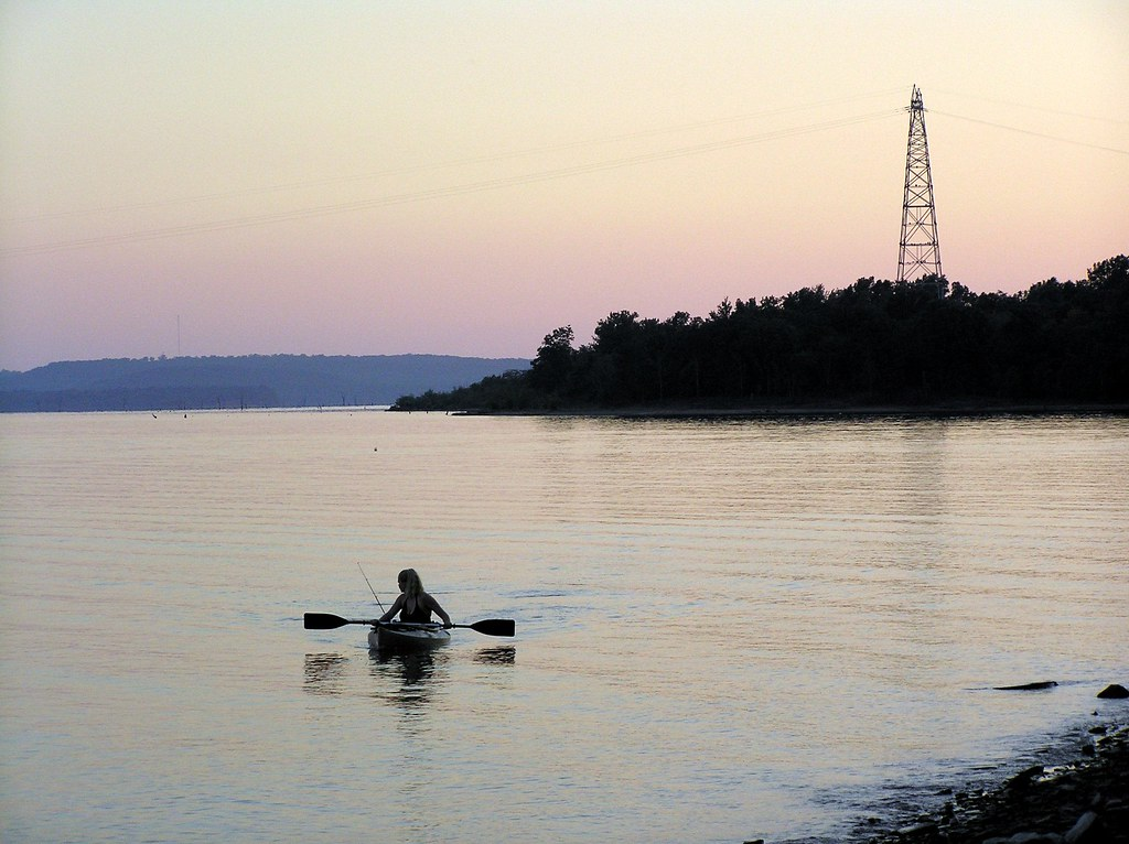 Power lines and fishing lines on eufaula lake gentry for Lake eufaula fishing report