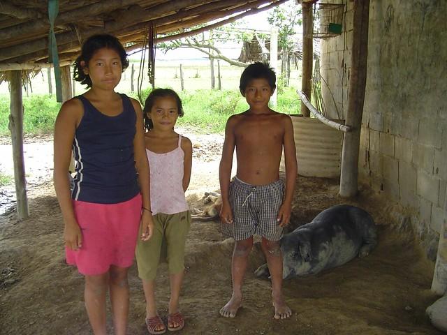 Warao Family, Rio Orinoco, Venezuela  Matt Hamm  Flickr-6626