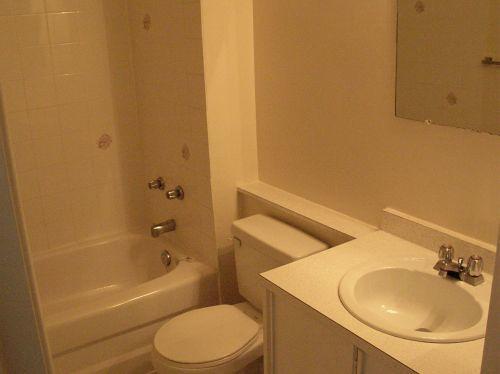 Empty Apartment Bathroom empty apartment - bathroom | acoustic punk | flickr