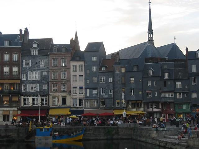Hon fleur normandy france the harbor town of hon fleur for France fleurs