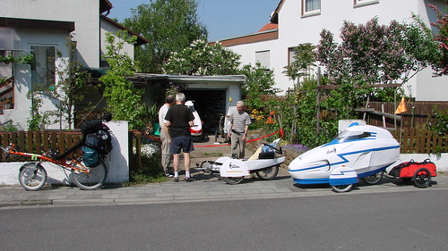 Leitra & recumbent meeting at Olaf Jurk's place. With Carl Georg Rasmussen & Jürgen Eick | by Velaia (ParisPeking)