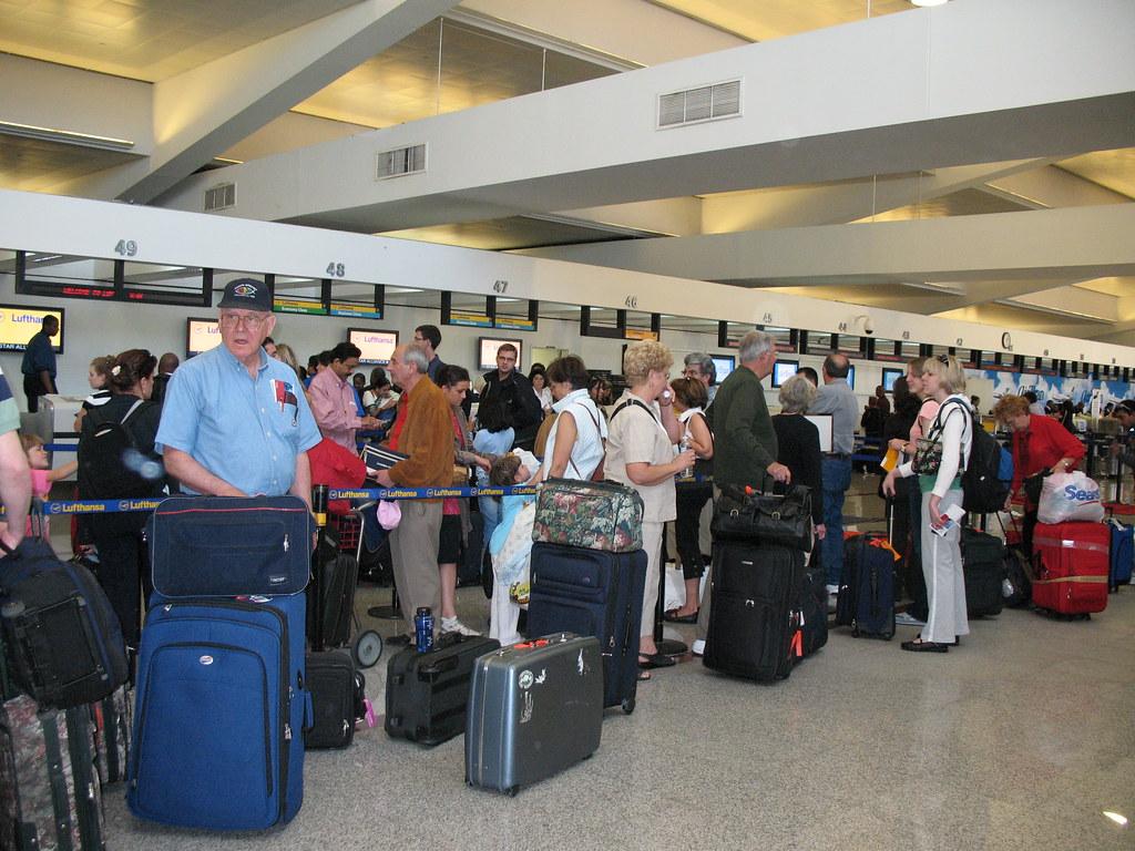 Atl Delta S Baggage Check 0471 Blogged At Coorscu