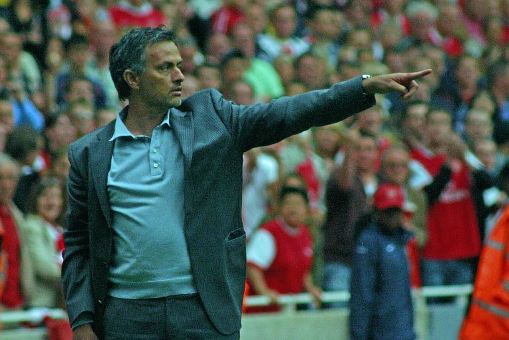 Liga Mistrzów: Jose Mourinho konkuruje z Alexem Fergusonem