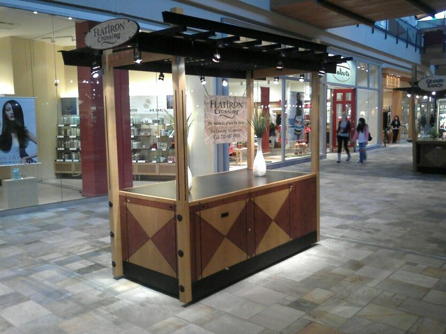Flat Irons Mall Shoe Stores