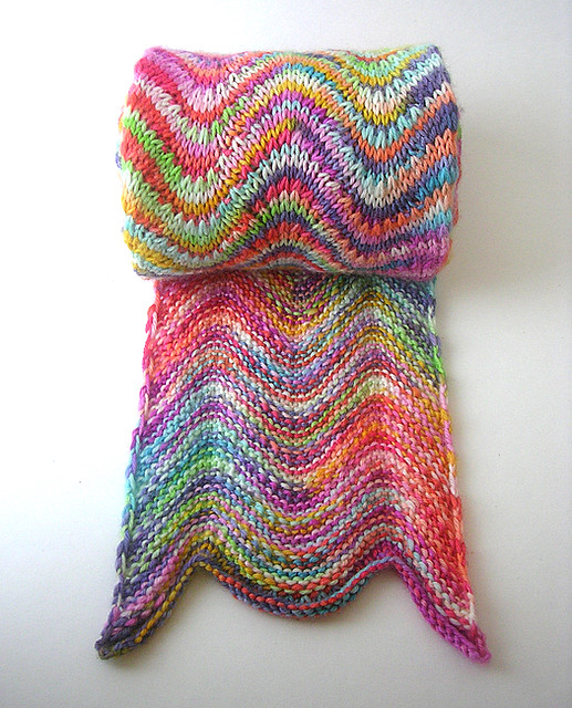 Knitting Terminology Yo : This thing sure is bright pattern chevron scarf