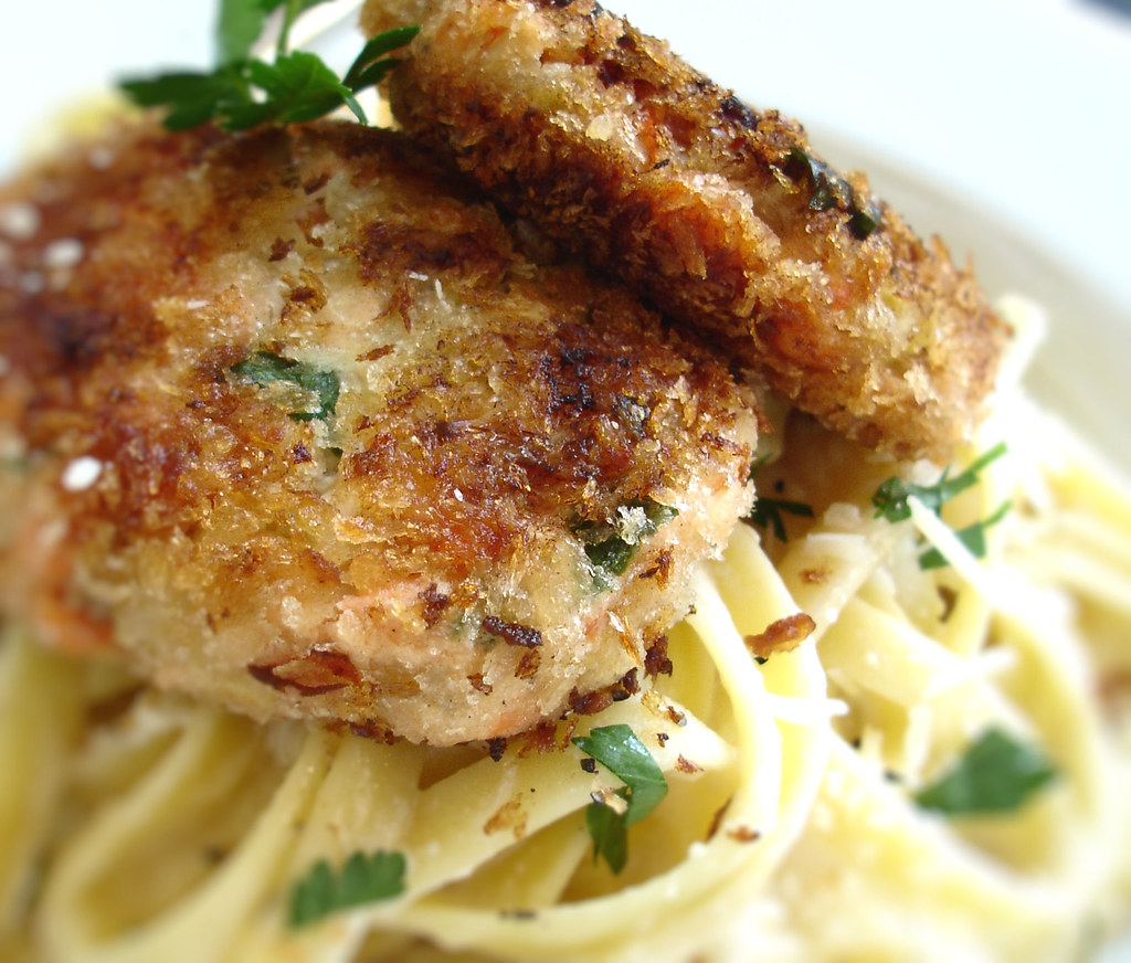 Salmon Cakes With Salad Food Network