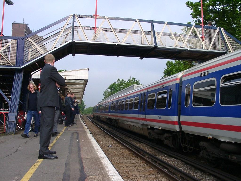 Dartford train at Sidcup Station   dave patten   Flickr