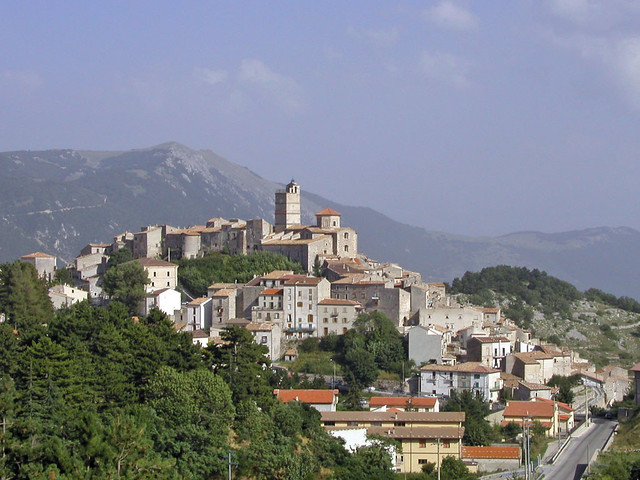Castel Del Monte | Cas...