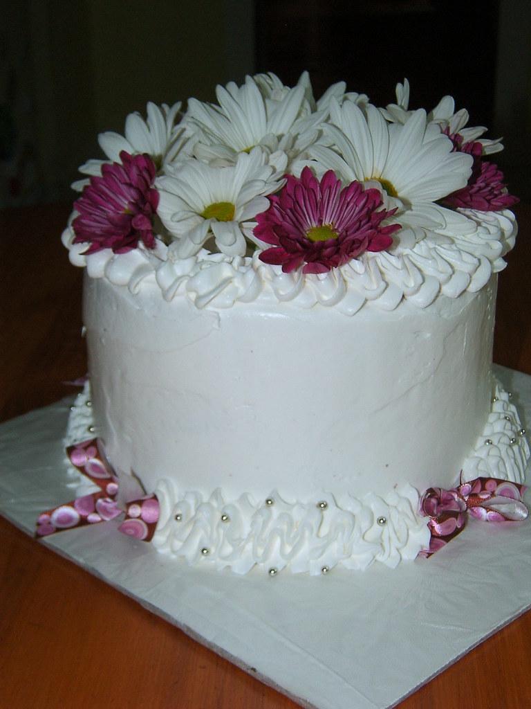 Birthday Cake Wfresh Flowers Double Layer 12 Chocolate Flickr