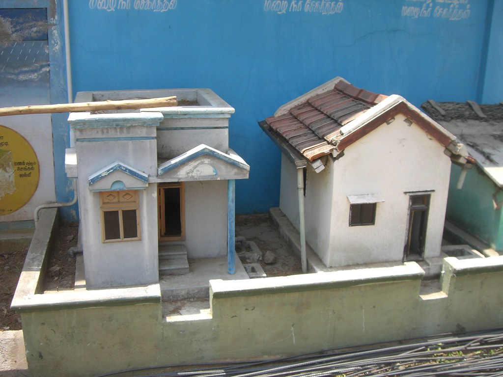 Model houses to demonstrate water conservation frank hebbert flickr - Water kamer model ...