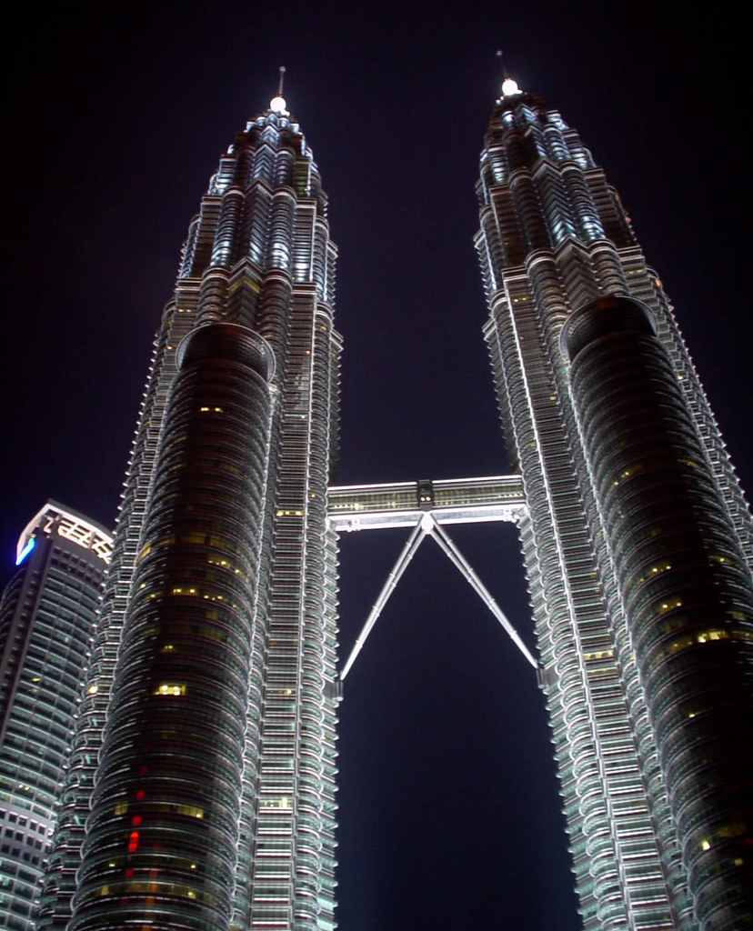 Petronas Twin Towers The Tallest Twin Towers In The
