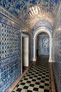 Azulejos a l 39 int rieur de l 39 glise du couvent d 39 alcoba a for L interieur d un couvent