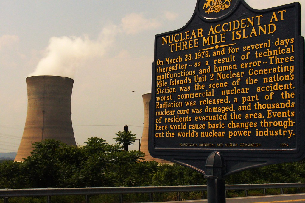 Three Mile Island Nuclear Power Plant-near Harrisburg, Pen ...