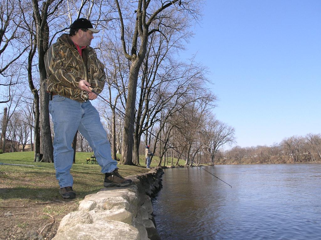 Dave steelhead fishing st joseph river kamm island for St joseph river fishing