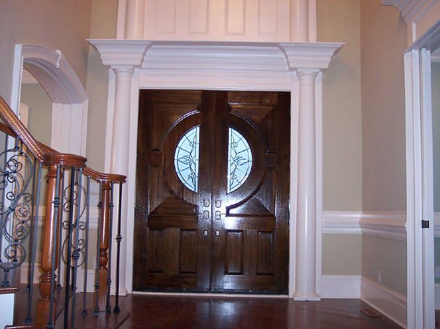 Main Entry Door Molding We Are Pinnacle Construction Enter Flickr