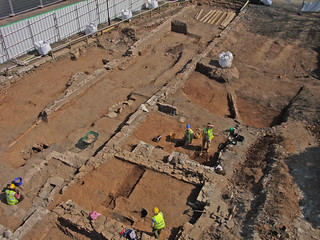Archaeologists excavating the Lamb South site | by David Mitchell