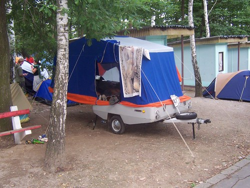 tent with nude girls