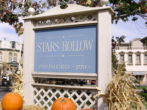 Stars Hollow Sign |