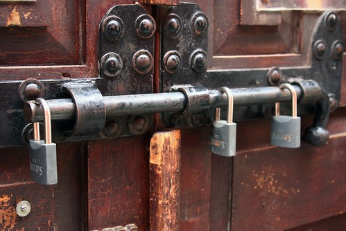 Under Lock and Key | by Pulpolux !!!