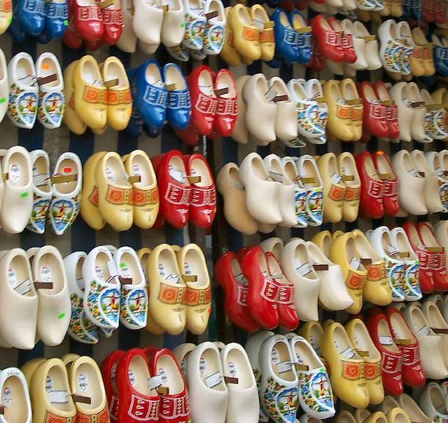 klompen | @ Bloemenmarkt in Amsterdam, Netherlands. This sho ...