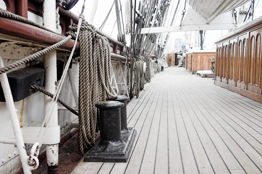 Deck Of The Cutty Sark The World Famous Cutty Sark In