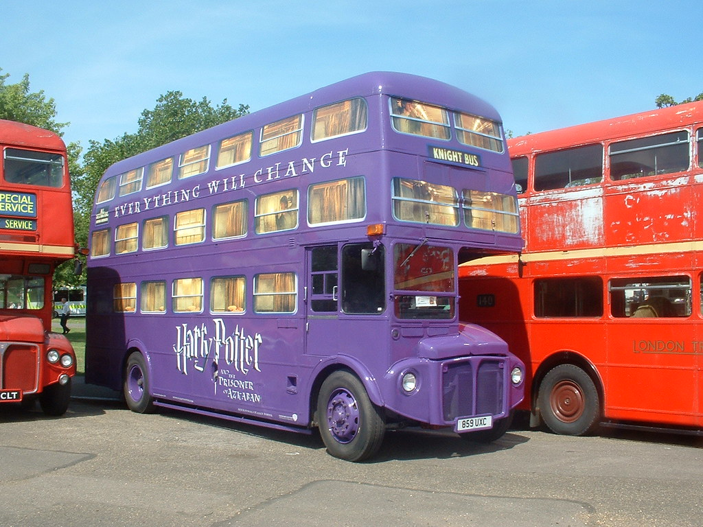 harry potter bus