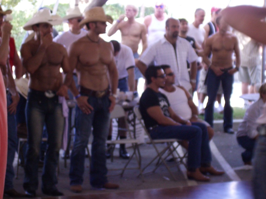 hands gay ranch