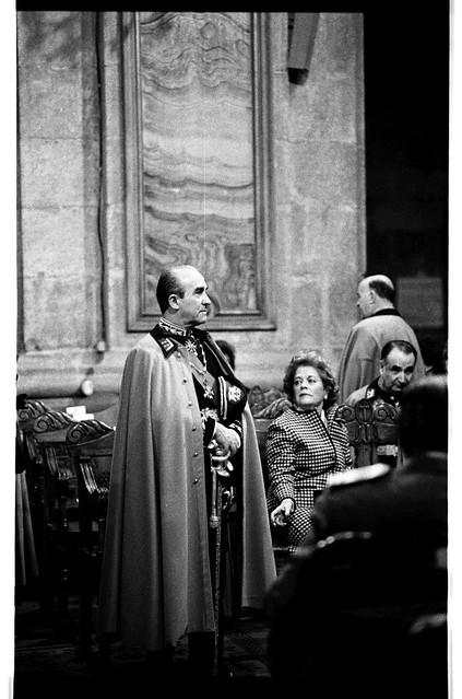 Gen Sinclair Strutting, Santiago 88 | by Marcelo  Montecino