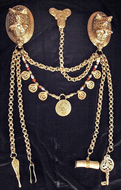 Viking age women's jewelry set
