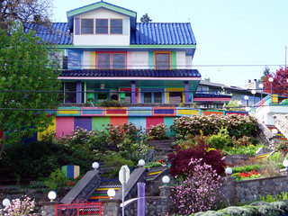 The Most Colorful House in Hood River | by Glenn Harris (Clintriter)