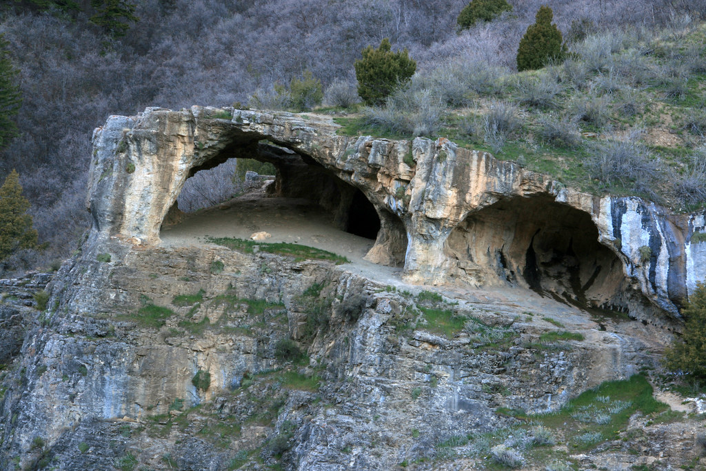 Wind cave logan canyon wasatch cache national forest ca for California chiude l utah