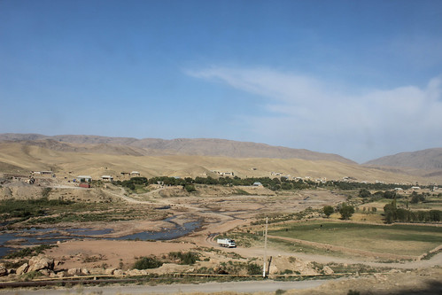 Rural Uzbekistan seen from the train | by Timon91