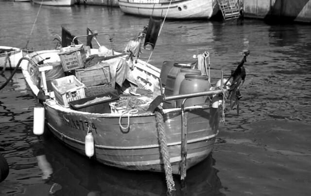Boat canale dei pescatori nikon f 70 scansione da for Canale camera dei deputati