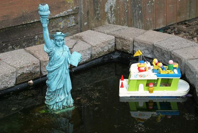 Fisher Price Birthday Wedding Cake Toy