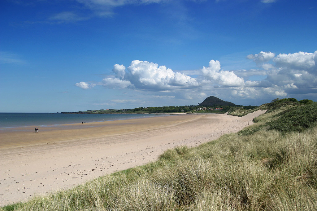 Yellowcraigs Beach | Beautifully sunny day, temperature
