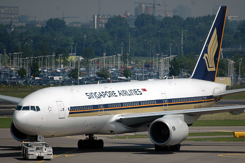Singapore Airlines 777 9V-SVK | by caribb