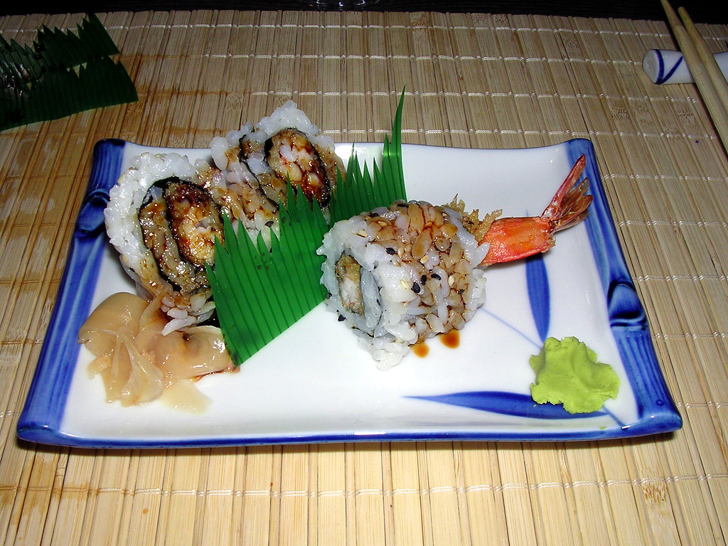 Shibuya japanese restaurant sushi uramaki rolls flickr for Adaro sushi pan asian cuisine