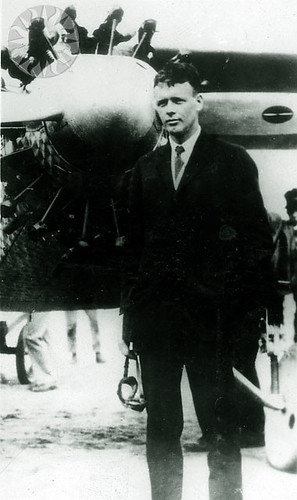 Lindbergh charles a flights new york to paris 1927 for Flights ny to paris