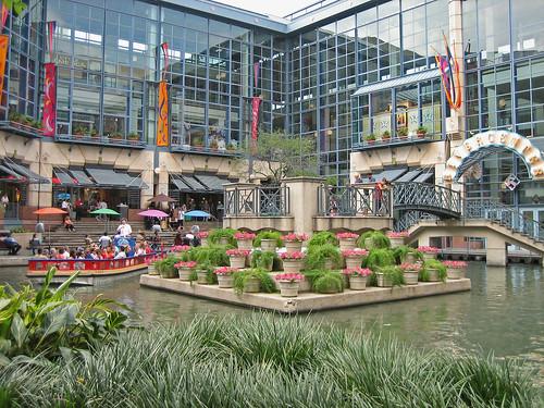 Gallery San Antonio Riverwalk Mall