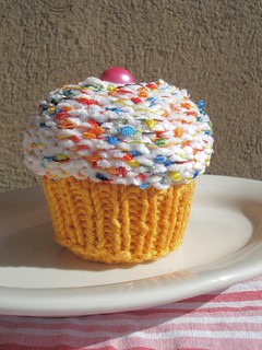 Birthday Cupcake - knitted | by wenjomatic