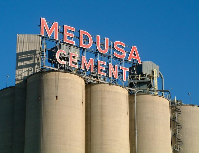 Medusa Cement - Gone : u00a92001 Roaring Mouse Photography www ...