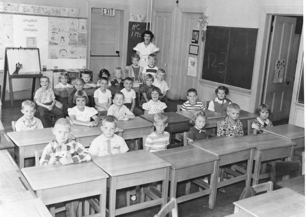 Old schoolhouse 1st grade 55 56 macmillan mrs jan macmilla flickr - The modern apartment in the old school ...