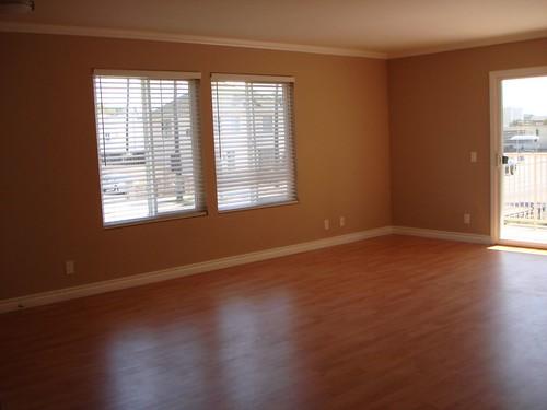 Unfurnished Living Room Entourage Property Management Flickr