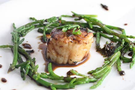 Grilled Scallops with ginger, soy dressing and sea beans ...