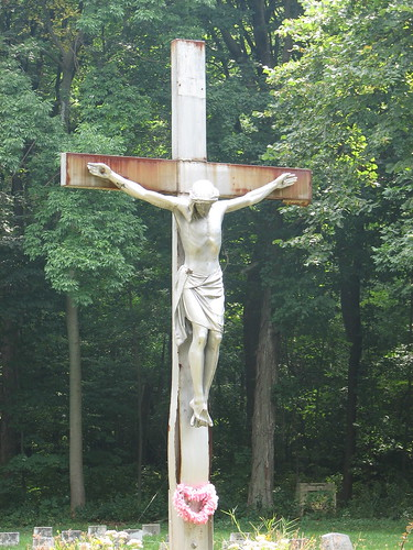 Rusting crucifix | by ren0901