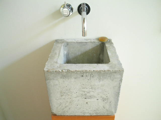 Concrete sink muehlhaus sink designed by www for Diy concrete bathtub