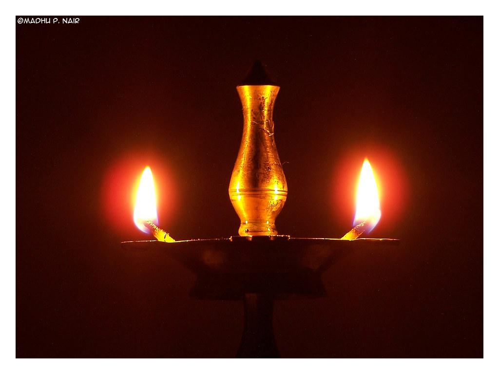 Nilavilakku | A lighted bell metal lamp called
